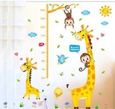 Decal dán tường thước đo hươu vàng và khỉ đu dây 2